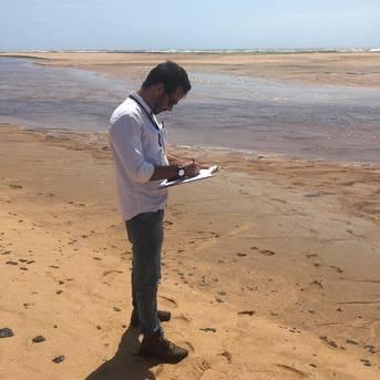 Bahia Pesca faz nova coleta de pescado em área atingida pelo óleo